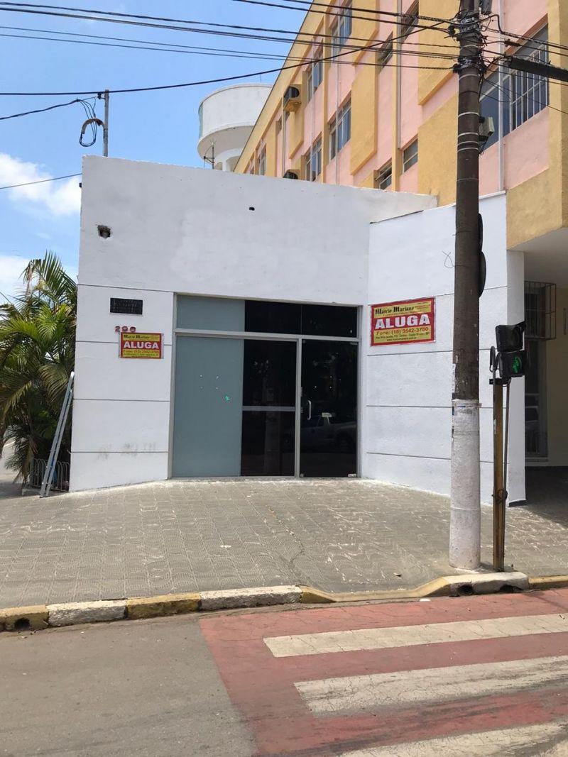 ÓTIMO PONTO COMERCIAL NA PRAÇA CENTRAL DA CIDADE!!