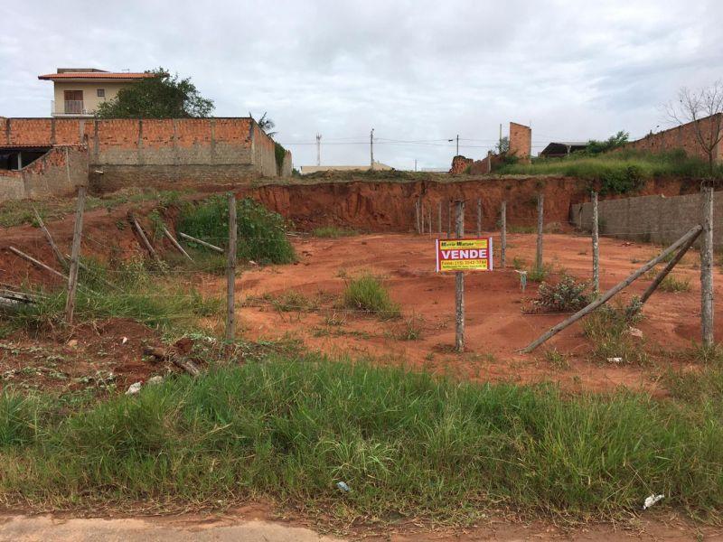 TERRENO NA NOVA CAPÃO BONITO